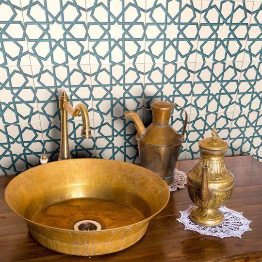 GC89 V Turquoise Handmade Turkish Ceramic Tile
